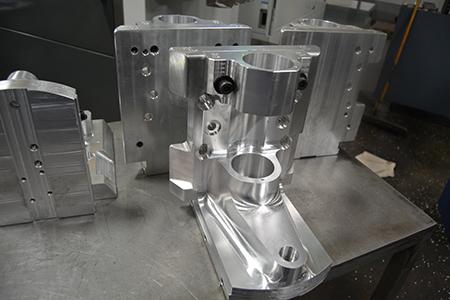 Five Axis Haas UMC 750